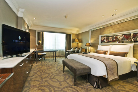 Grande Deluxe King bed_LED